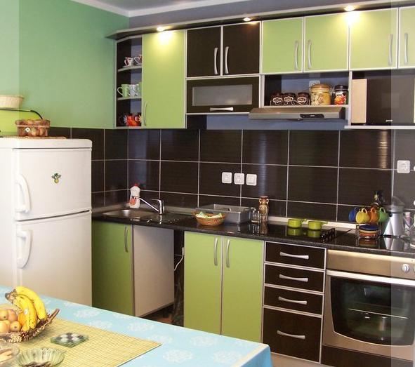 kuhinje po meri izrada kuhinja prijepolje. Black Bedroom Furniture Sets. Home Design Ideas